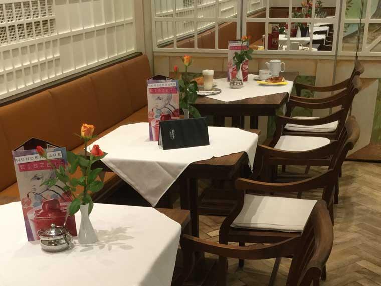 Feiern im Café Hummel